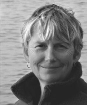 Annejet Rümke|Annejet Rümke (1955) werkte na haar huisartsenopleiding jaren in<br>de psychiatrie en kinderpsychiatrie. Sinds 1992 heeft ze een eigen praktijk als consultatief antroposofisch arts. De basis daarvoor werd gelegd tijdens...