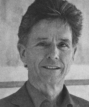Dick Bruin|Dick Bruin (60), directeur van de parcivalschool in Hoorn, stapt energiek en enthousiast binnen voor het interview. Hij geeft al bijna 35 jaar les op de Vrije school. Als kind van 12 weet Dick al dat hij meester wil worden. Hij gaat studeren aan de Pabo in Alkmaar en leert daar het vrijschool...